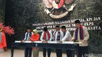 Anies dan Pejabat Pemprov DKI Teken Perjanjian Target Kinerja