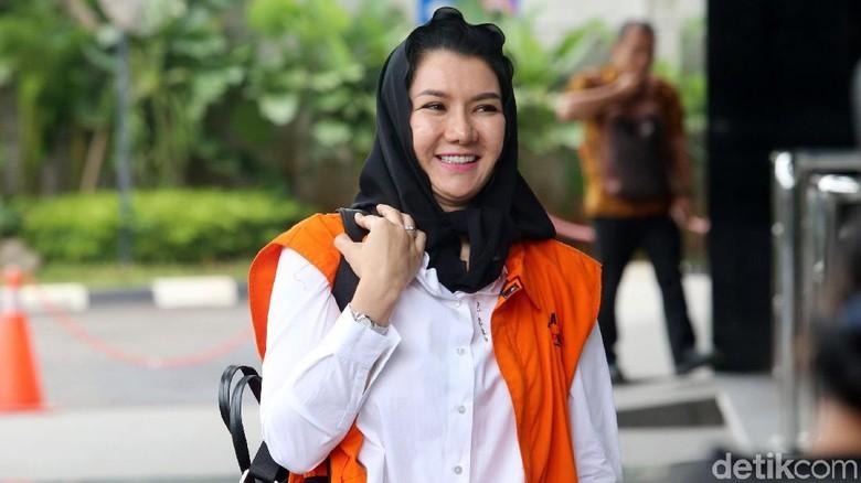 Dokter Sonia Wibisono Dipanggil KPK soal Pencucian Uang Bupati Rita