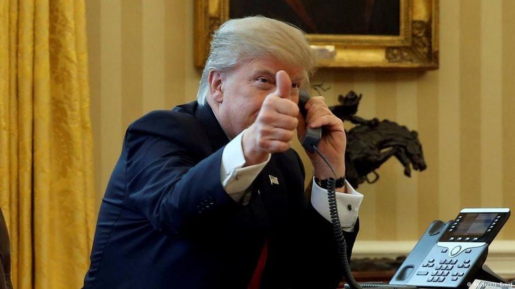 Penghargaan Fake News Ala Trump Dikritik Sebagai Warisan Stalin