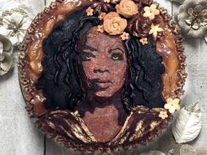 Lucunya Pie Topping Wajah Selebriti Dunia dan Tokoh Animasi
