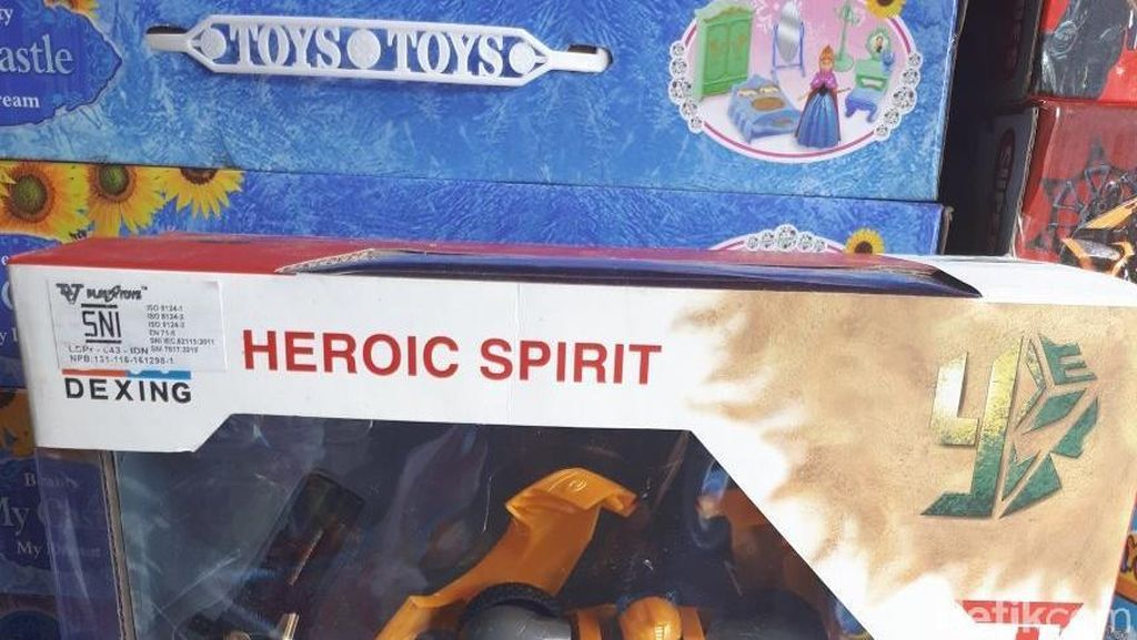 Produk Mainan Impor Wajib SNI, Bagaimana di Pasar Gembrong?