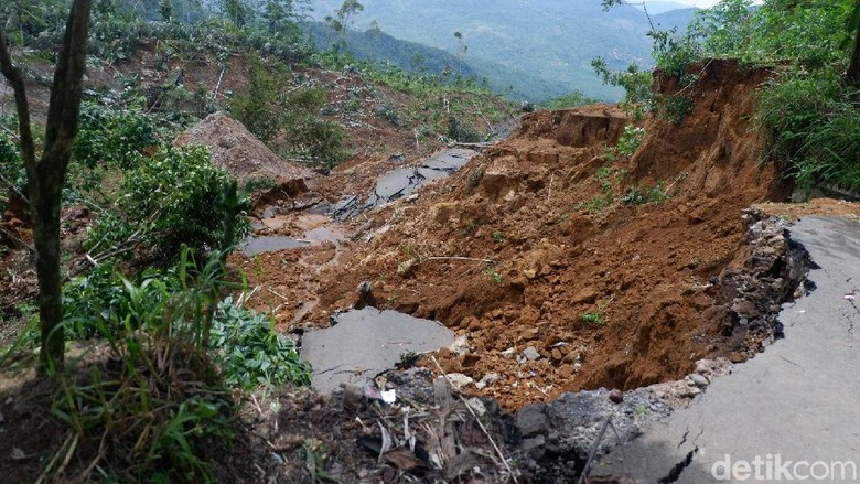 Tanggap Darurat Bencana Tanah Gerak di Banjarnegara Diperpanjang
