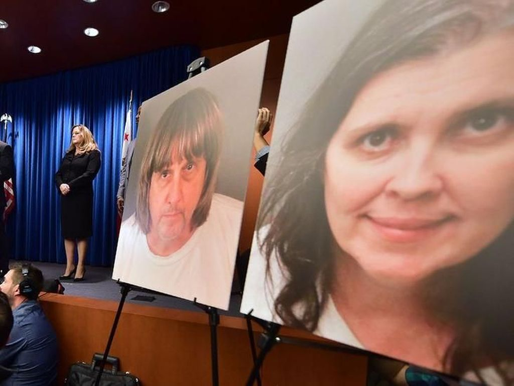 Ayah dan Ibu Keluarga Turpin Bantah Merantai 13 Anaknya
