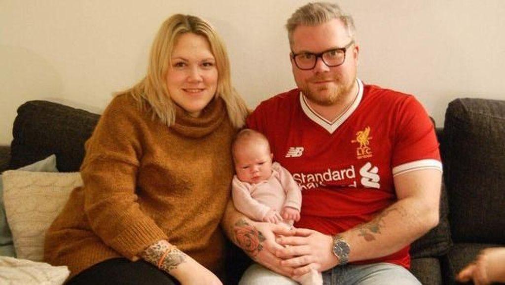 Cinta Mati kepada Liverpool, Suporter Ini Namai Putrinya YNWA