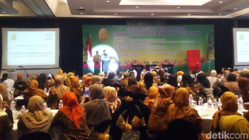 Cerita Ketua MA soal Keberanian Susi Tenggelamkan Kapal Ilegal