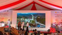 Resmikan Tol Bakauheni, Jokowi: Seharusnya Hari Minggu Istirahat