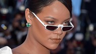 Rihanna Meradang, Snapchat Rugi Rp 11 Triliun