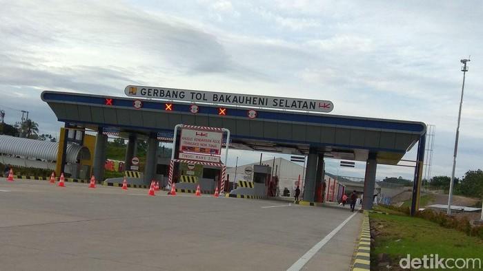 Jokowi Resmikan 14 Km Tol Bakauheni Pagi Ini