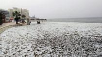 Mau Liburan ke Pantai, Eh.. Malah Tertutup Salju