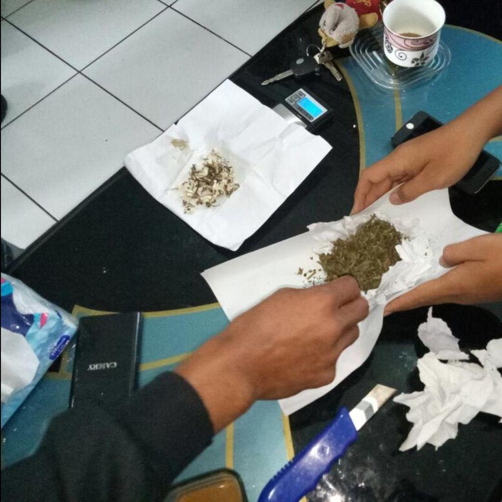 Paket Ganja Dilempar Orang Misterius ke Lapas Nyomplong Sukabumi