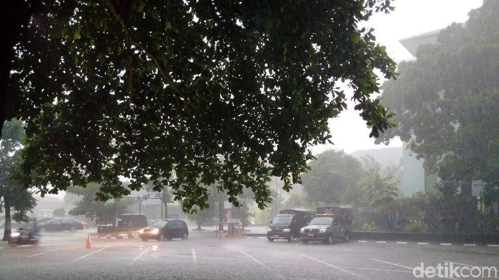 Hujan Deras Guyur Yogya Hari Ini, BMKG: Ada Fenomena La Nina