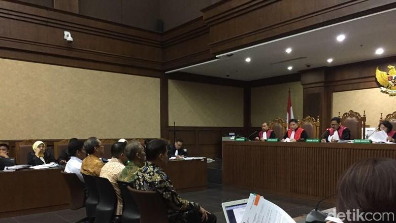 Andi Narogong dan Made Oka Masagung akan Bersaksi di Sidang Novanto