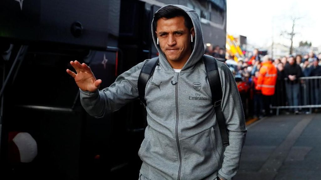 Inikah Penampakan Pertama Sanchez Berkostum MU?