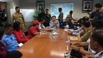 Kadishub Dialog dengan Sopir Angkot Tanah Abang yang Demo Balai Kota