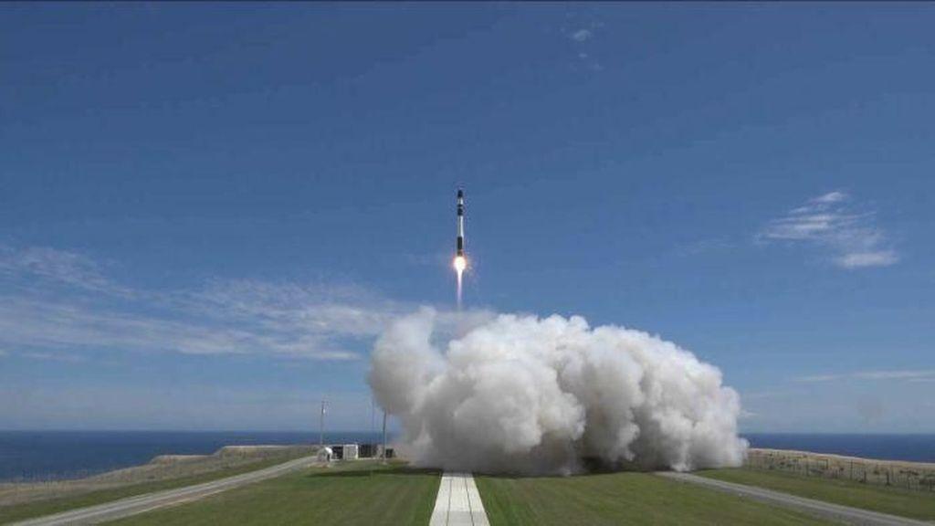 Perusahaan Selandia Baru Luncurkan Roket ke Angkasa Luar