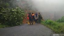 Penelitian Longsor di Trenggalek Oleh Tim Geologi Terhalang Kabut