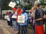 Tragedi Maut Afriani, Koalisi Pejalan Kaki Tabur Bunga di Tugu Tani