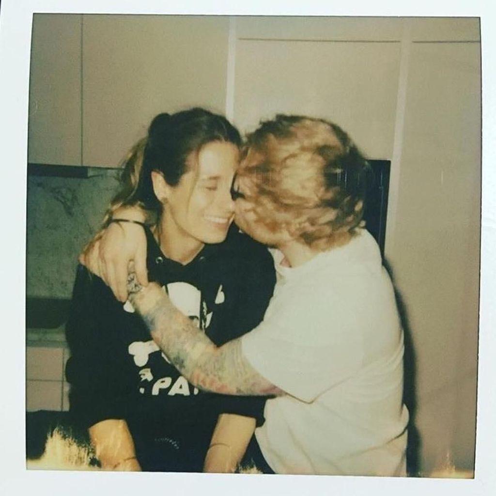 Ed Sheeran Diam-diam Sudah Menikah?