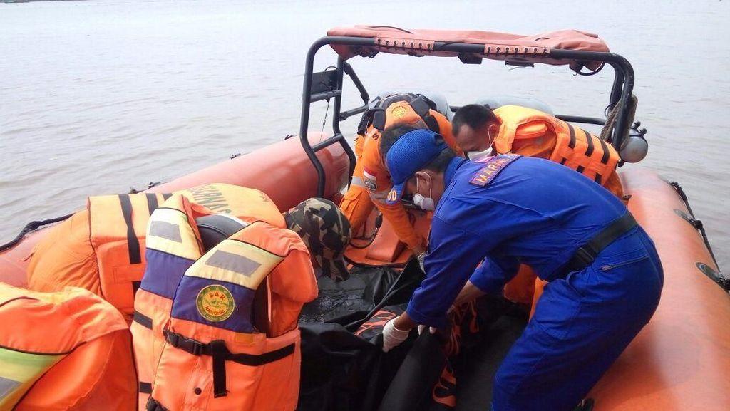 Mayat Perempuan Nyaris Bugil Ditemukan Mengapung di Banyuasin