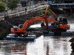 Lancarkan Aliran Sungai, Lumpur BKB Dikeruk