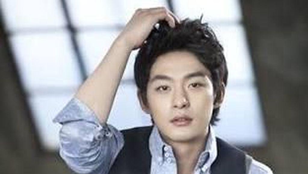 Senyuman Terakhir Jeon Tae Soo Sepekan Sebelum Meninggal