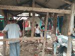 Aksi Pemuda Cirebon Galang Dana dan Bedah Gubuk Nenek Mur