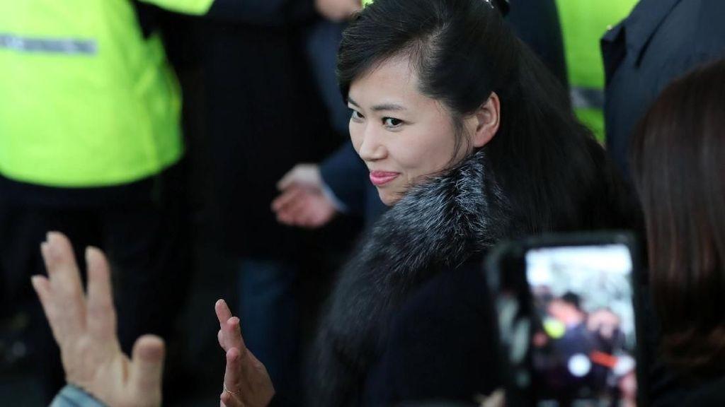 Foto: Hyon Song Wol, Mantan Pacar Kim Jong Un yang Makin Eksis