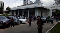 Diguncang Gempa, PNS di Balai Kota Panik Berhamburan