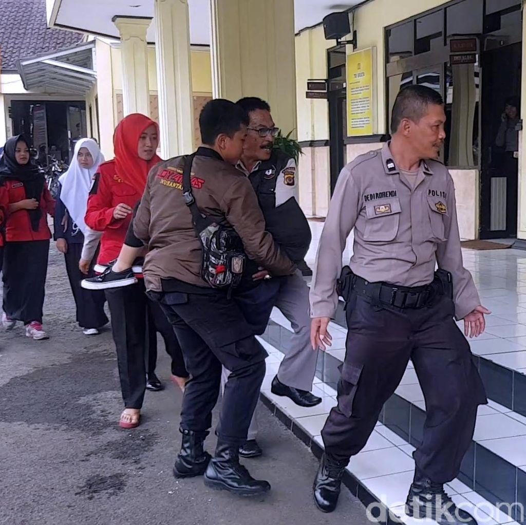 Gempa di Banten, Siswi SMK Sukabumi Jatuh Pingsan