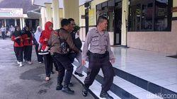 Gempa 6,4 SR di Banten, Siswi SMK Sukabumi Jatuh Pingsan