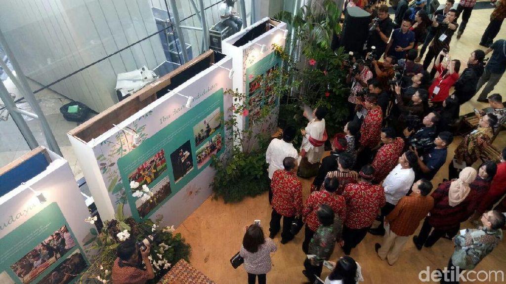 Lokasi HUT Bergetar karena Gempa, Megawati Tetap Lihat Pameran