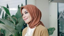 Ini Bedanya Hijab Segi Empat Voile dan Polycotton yang Hits di 2018