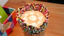Kreatif! Kafe di Tokyo Ini Sajikan Kopi dan Matcha Pakai Waffle Cone