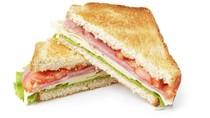 Karena Potongannya Tak Sama Rata, Nenek Ini Kembalikan Sandwich yang Dibeli