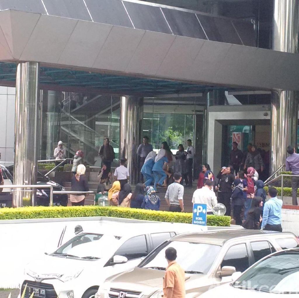Netizen Ramai Teriakkan #gempa di Twitter