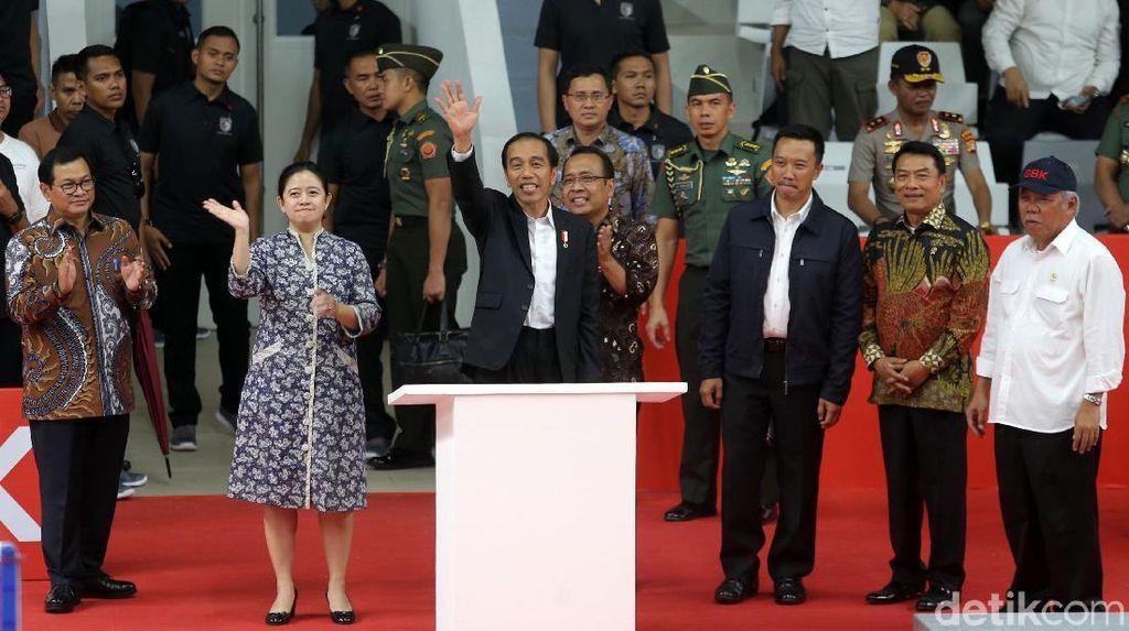 Ekspresi Semringah Jokowi saat Resmikan Istora Senayan