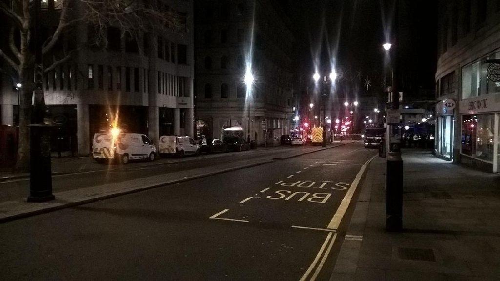 Foto: Sepinya London Usai Kebocoran Gas, 1.450 Orang Dievakuasi