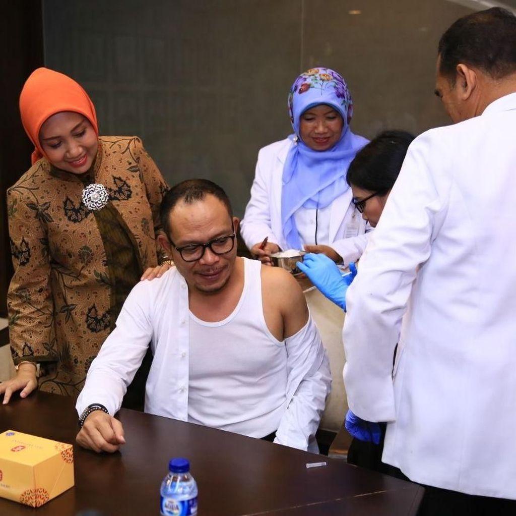 Suntik Vaksin Difteri, Menaker Anggap Bagian Investasi Rawat SDM