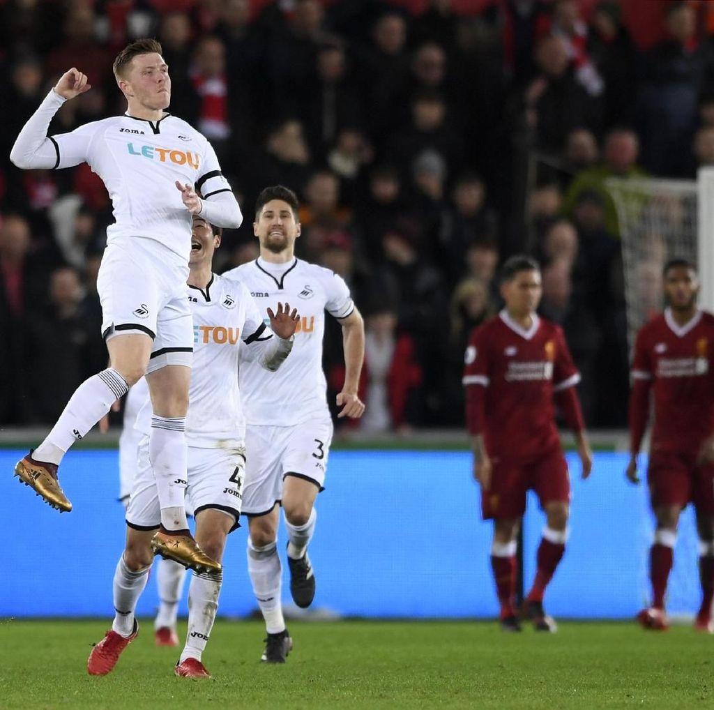 Liverpool Tertinggal 0-1 dari Swansea di Babak Pertama