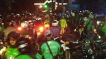 Nyaris Bentrok, Kelompok Ojol dan Opang di UI Dibubarkan Polisi