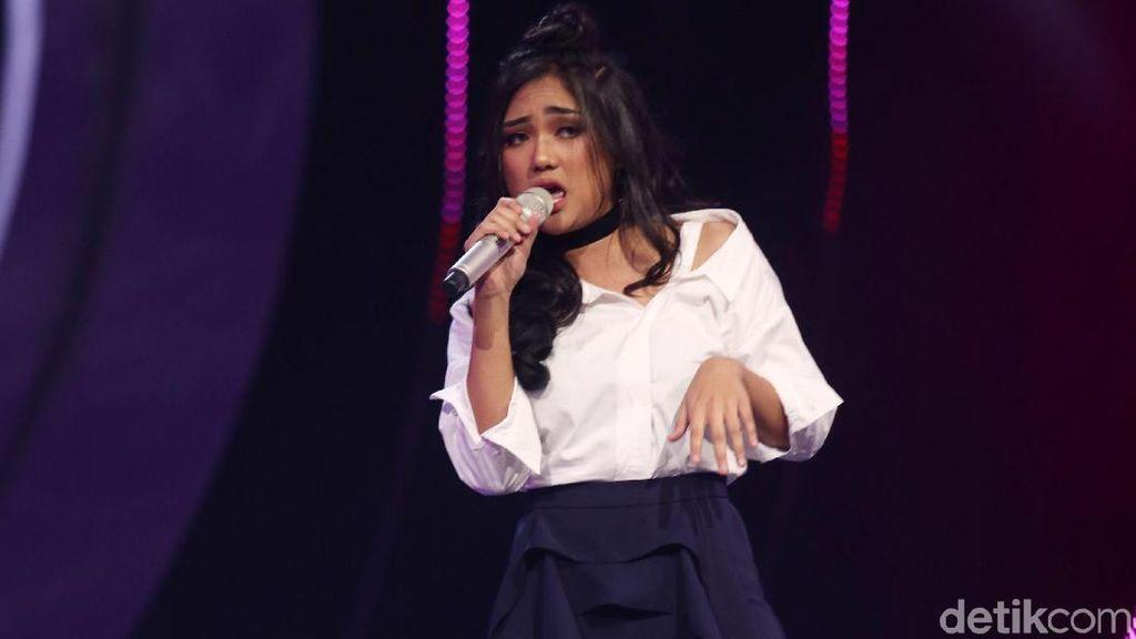 Lagi! Marion Jola Nangis Usai Tampil di Indonesian Idol