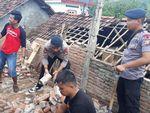 Perbaiki Rumah Usai Gempa, Pria di Lebak Kesetrum