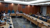 Bertemu DPRD, Jakpro Janjikan Audit Lengkap LRT Roboh dalam 2 Pekan