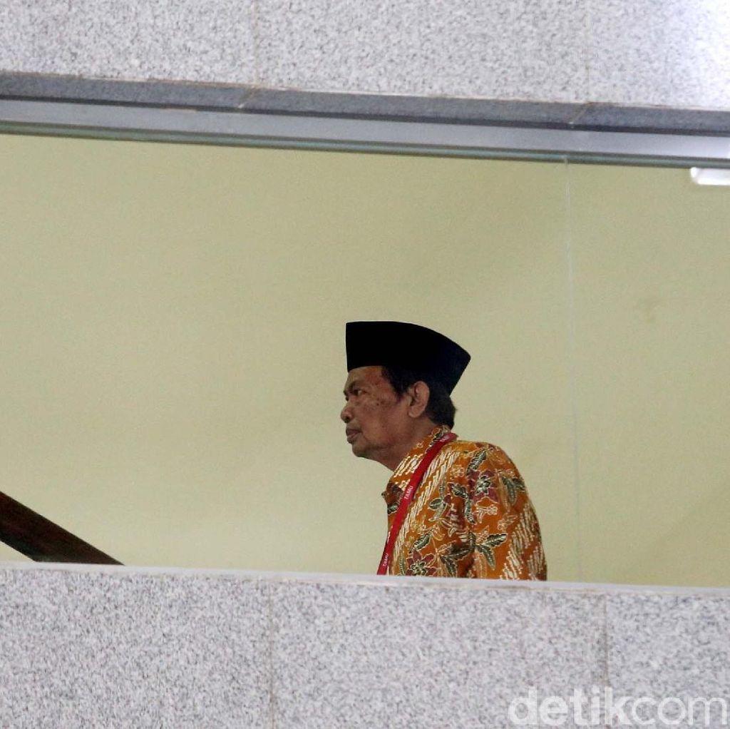 KPK Cecar Wali Kota Mojokerto Suap Suap Anggota DPRD