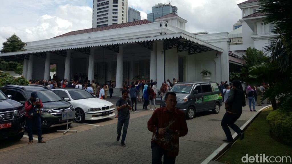 Gempa Banten, Sandiaga Minta Biro Umum Cek Fondasi Balai Kota