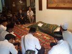 Almarhum Daoed Joesoef di Mata Keluarga: Sosok Tegas dan Konsisten
