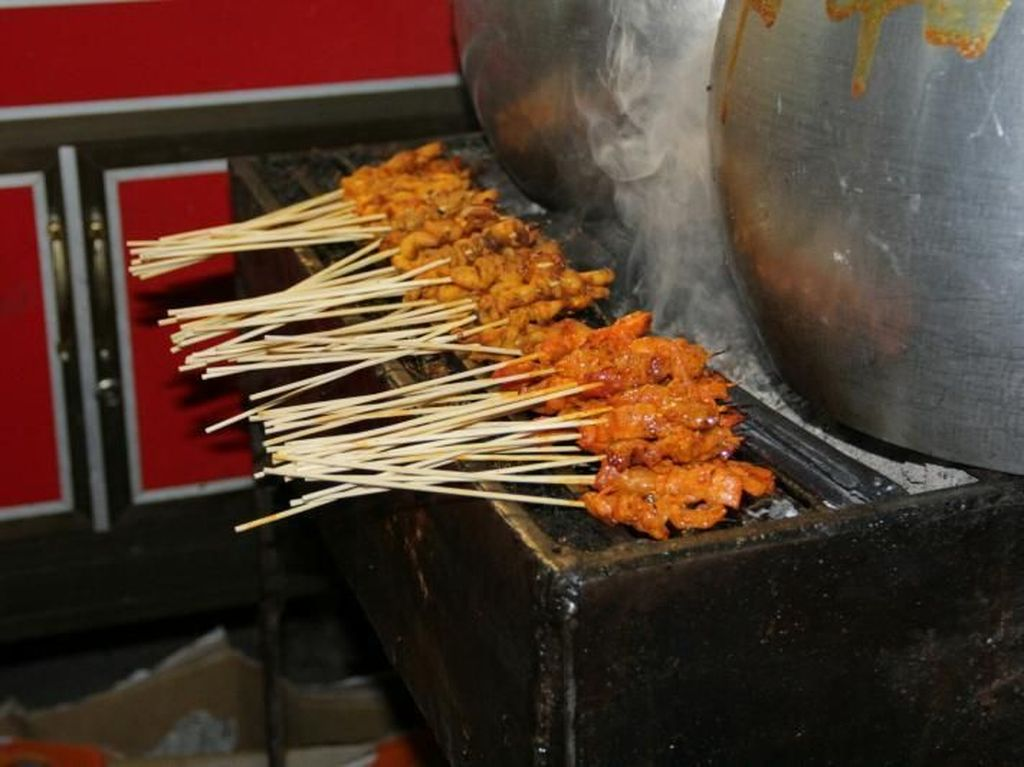 Wisata Kuliner di Sabang, Wajib Coba Sate Gurita