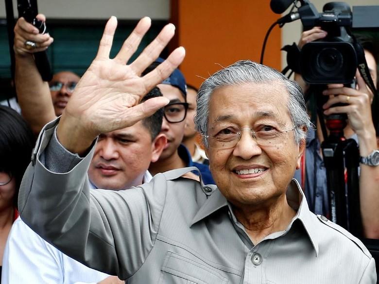 Dituduh Sebar Berita Hoax, Mahathir Mohamad Diselidiki