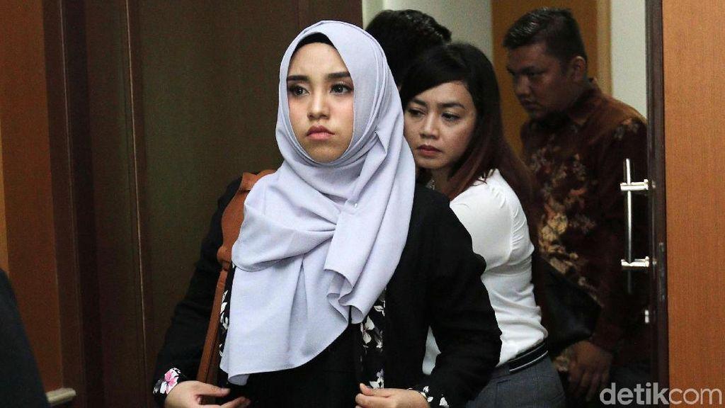 Resmi Cerai dari Taqi Malik, Salmafina Sunan dan Keluarga Senang