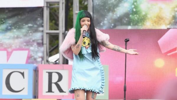 Cry Baby Jalan Melanie Martinez Kumpulkan Kepercayaan Diri